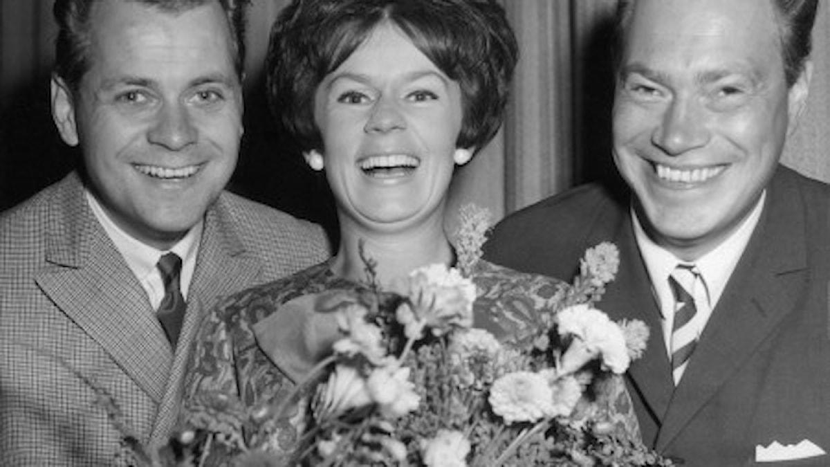 Lasse Lönndahl, Towa Carson och Bengt Hallberg när de gästade Malmö. 27augusti 1965