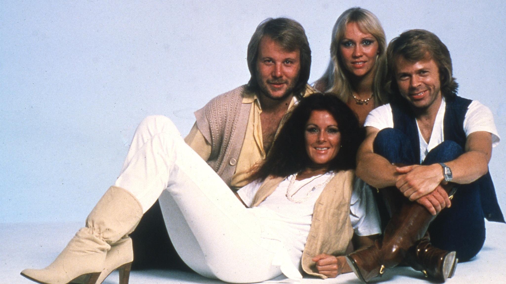 Hör Kersti Adams-Ray lista de 20 mest sålda skivorna i Sverige den 22 juli 1975