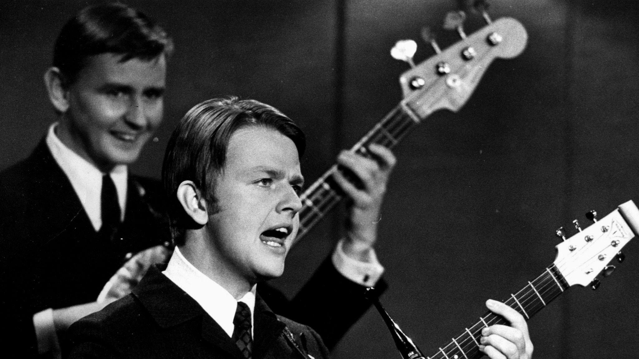 Ligger Sven-Ingvars kvar i topp på Svensktoppen från 20 november 1966?