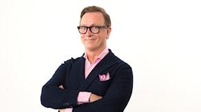 Programledare: Claes-Johan Larsson
