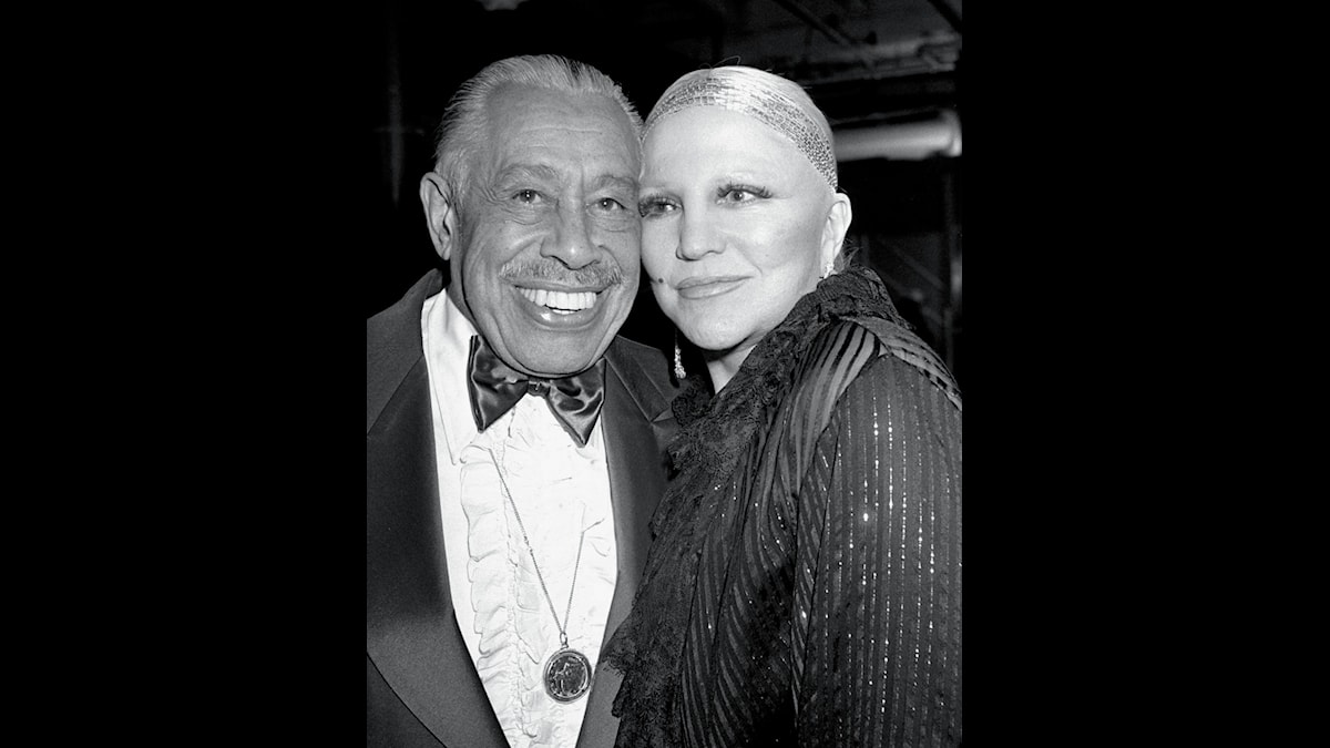 """Peggy Lee poses with band leader Cab Calloway  during an intermission of the Songwriters Guild's """"We Write the Songs""""  show, Jan. 16, 1984, at the Palace Theater in New York."""
