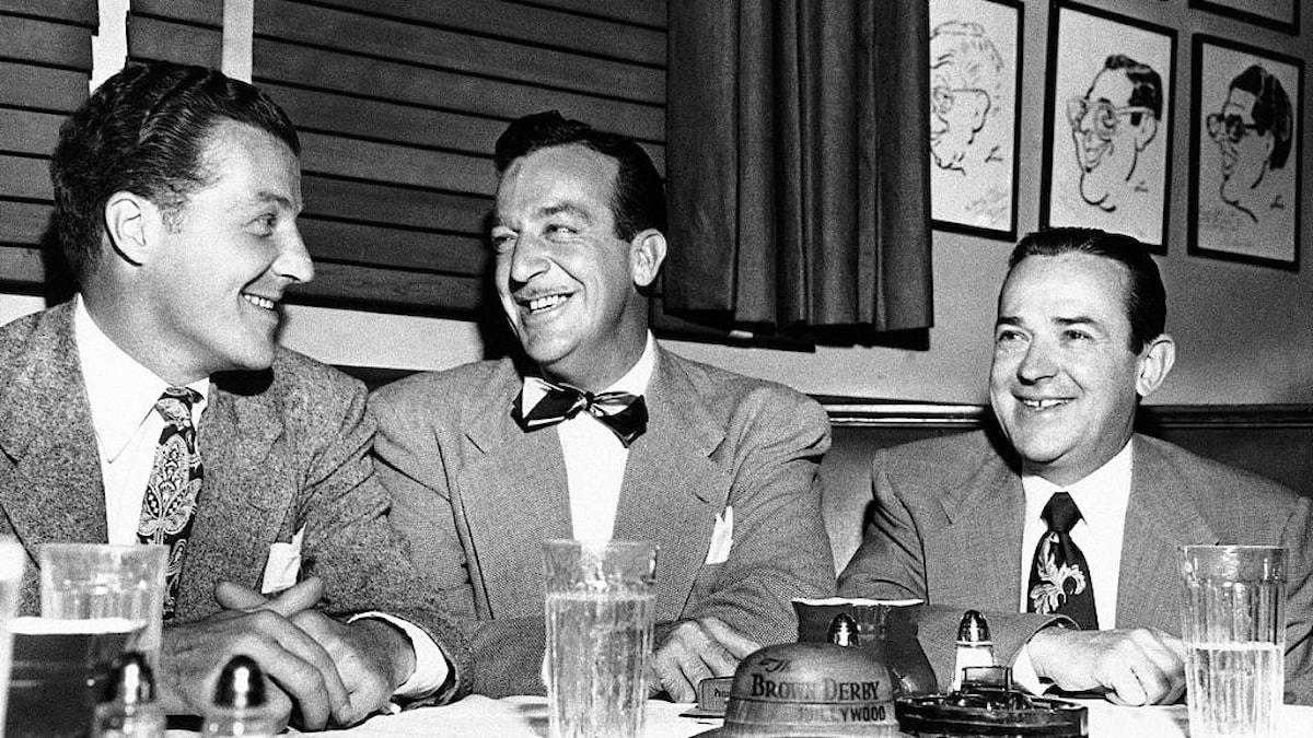 U.S. THREE TOP BAND LEADERS, POSING BROWN DERBY RESTAURANT