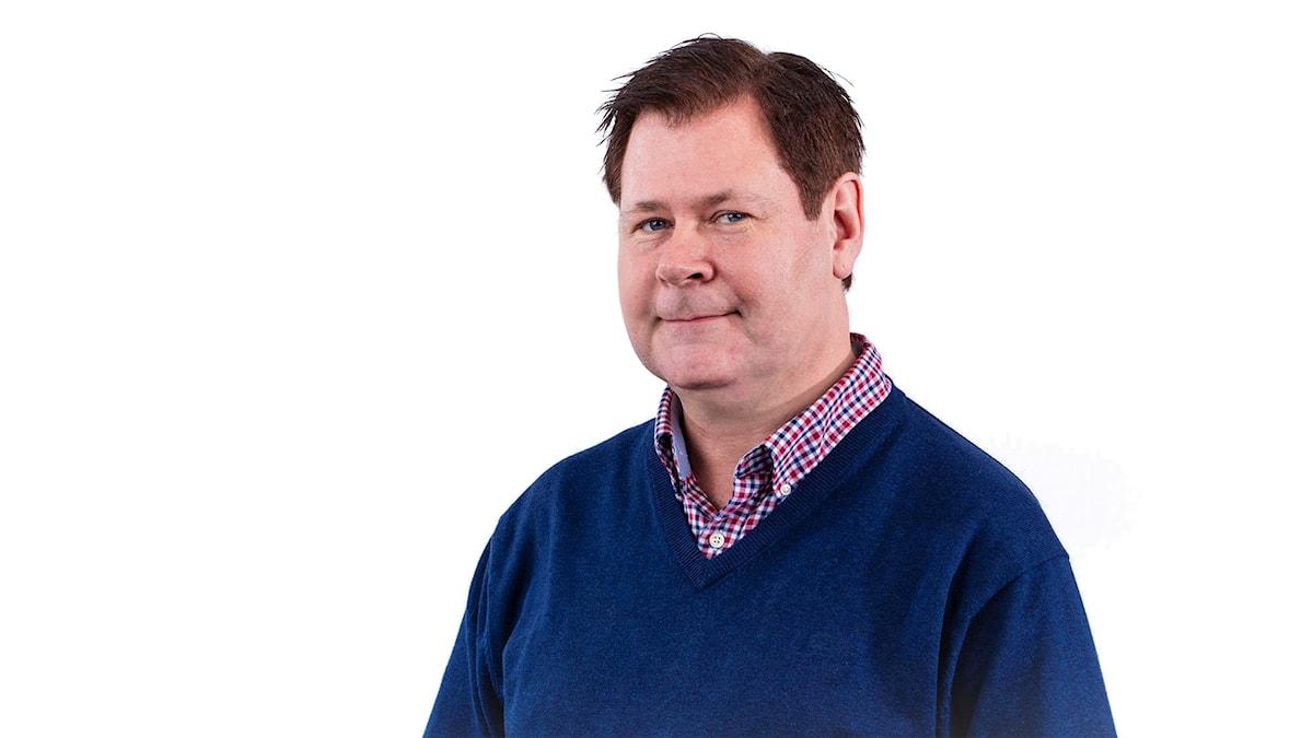 Michael Cederberg. Musikredaktör P4 Plus. Foto: Micke Grönberg/Sveriges Radio
