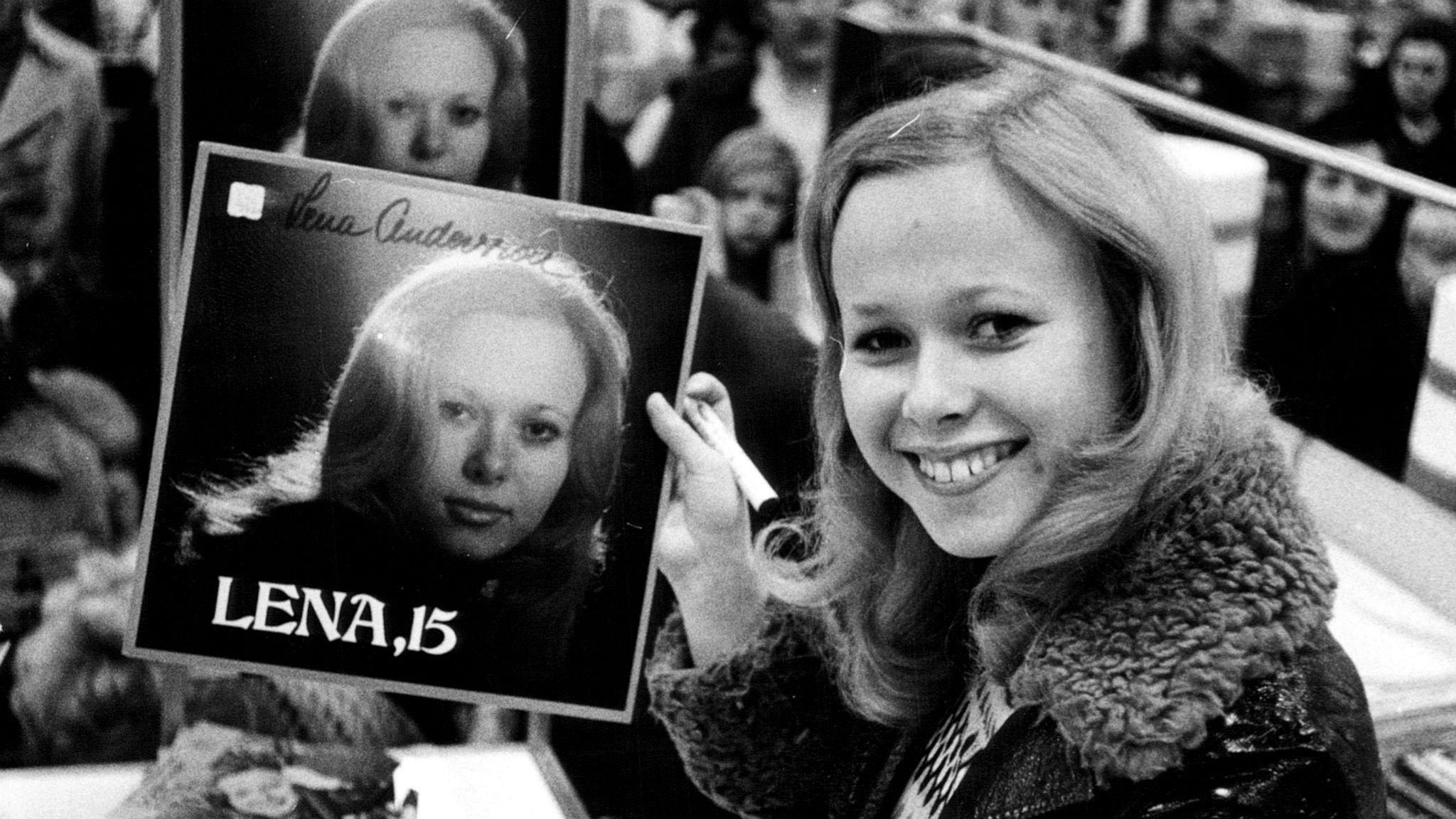 Hör Kvällstoppen och de 20 vinylskivor som sålde mest i juli 1971!