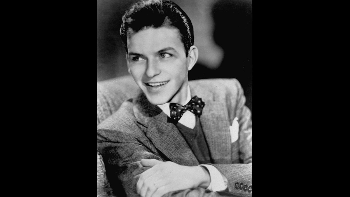 Frank Sinatra - 1943