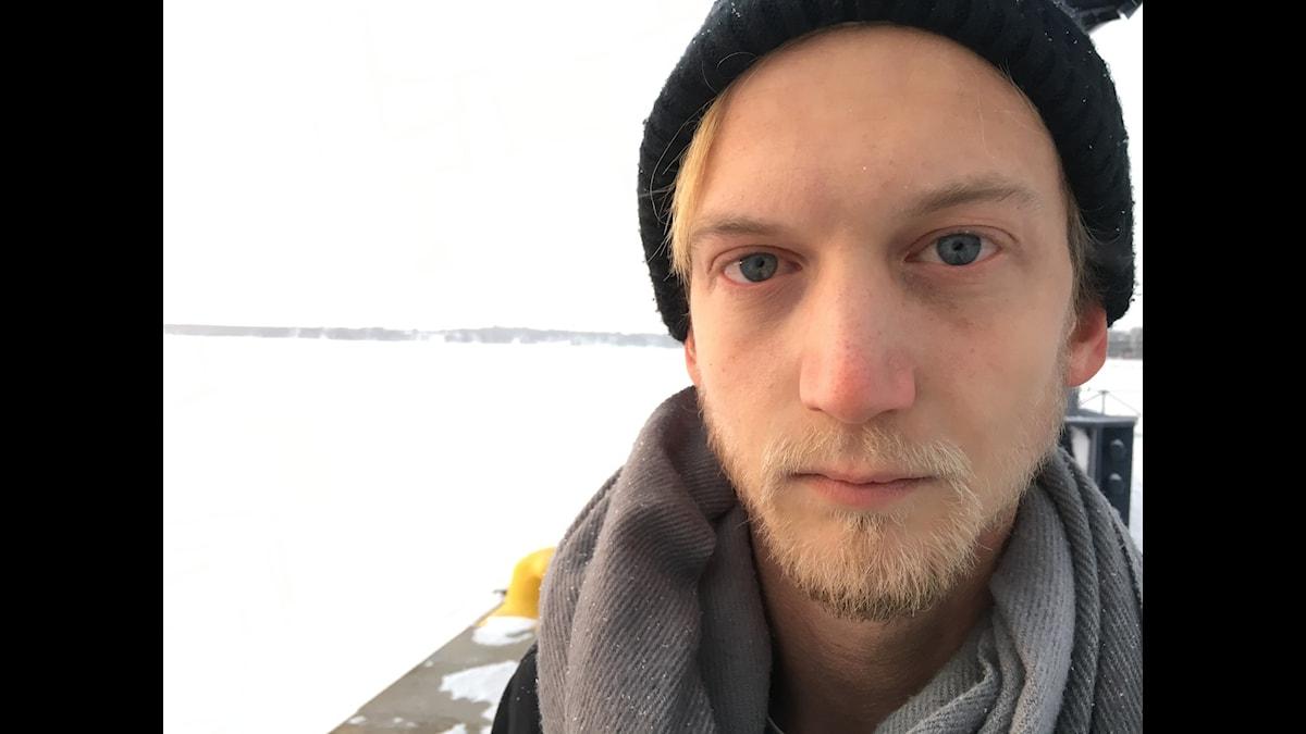 Christoffer Nordenrot läser Manifest för hopplösa av Åsa Asptjärn