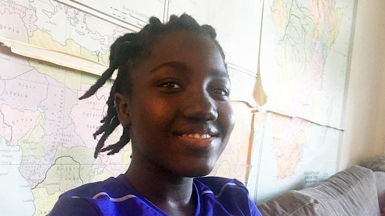 Dokumentär: Fatou älskar att läsa