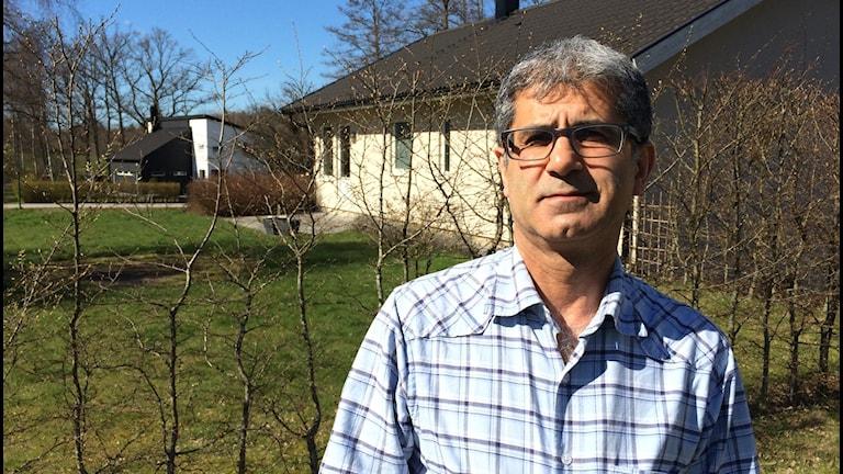 Aras Salih arbetar som psykolog på Röda korsets behandlingcenter för krigs- och tortyrskadade.
