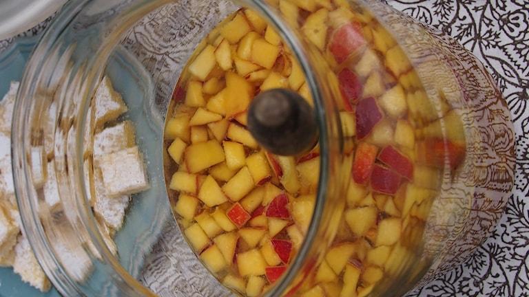 Närbild på vinbål med nektariner. Foto: Emma Janke