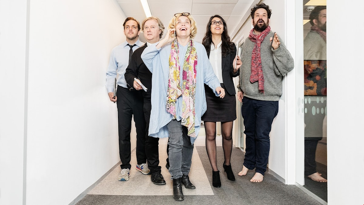 Krister Kern, Per Gottfredsson, Paula McManus, Shirin Golchin och Eric Stern i Cheferna.