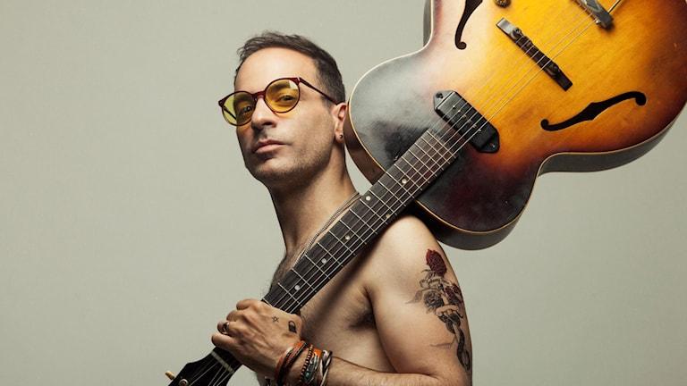 Yonatan Rozen, multikonstnär i Tel Aviv