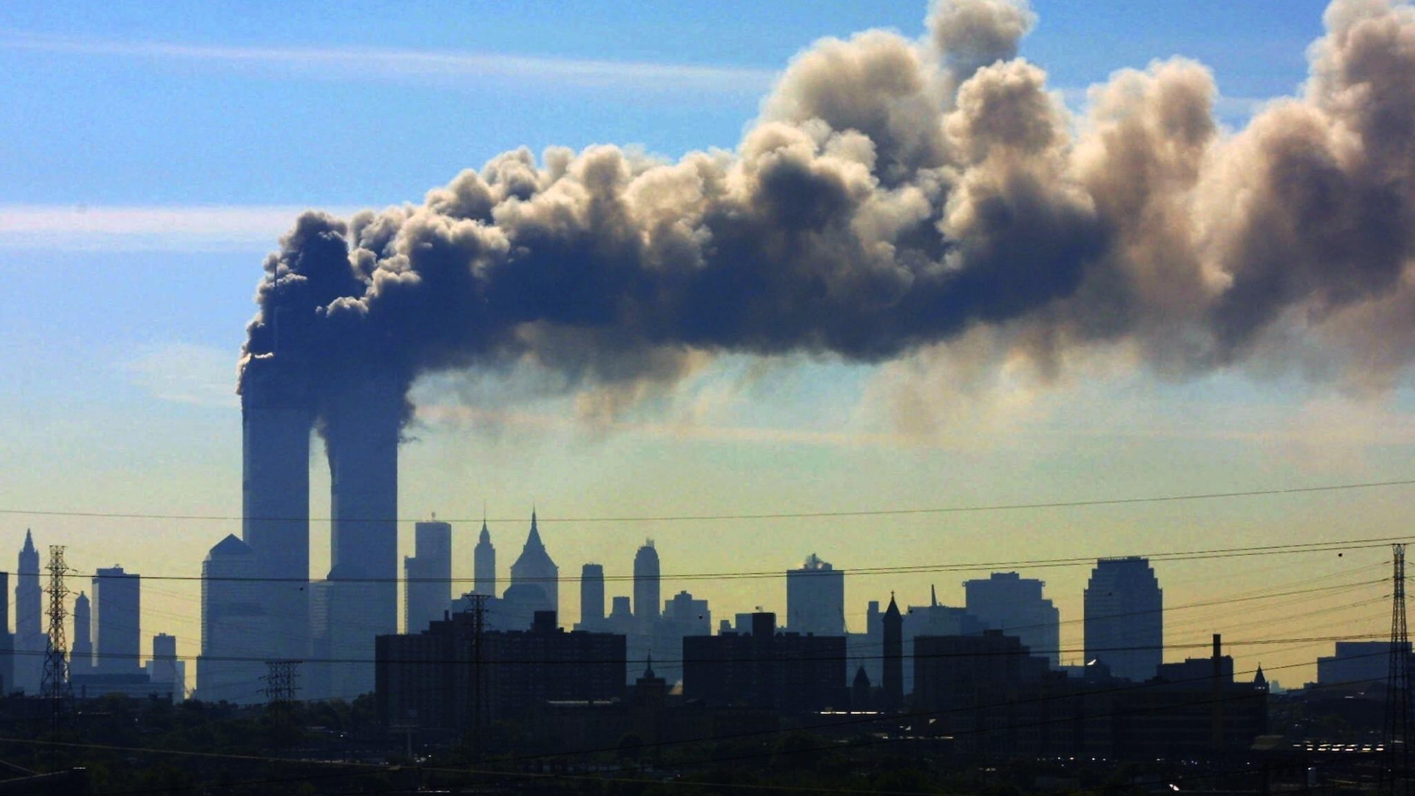 11 September 2001. Omedelbart efter attackerna började konspirationsteorier om vilka som egentligen låg bakom spridas på nätet.