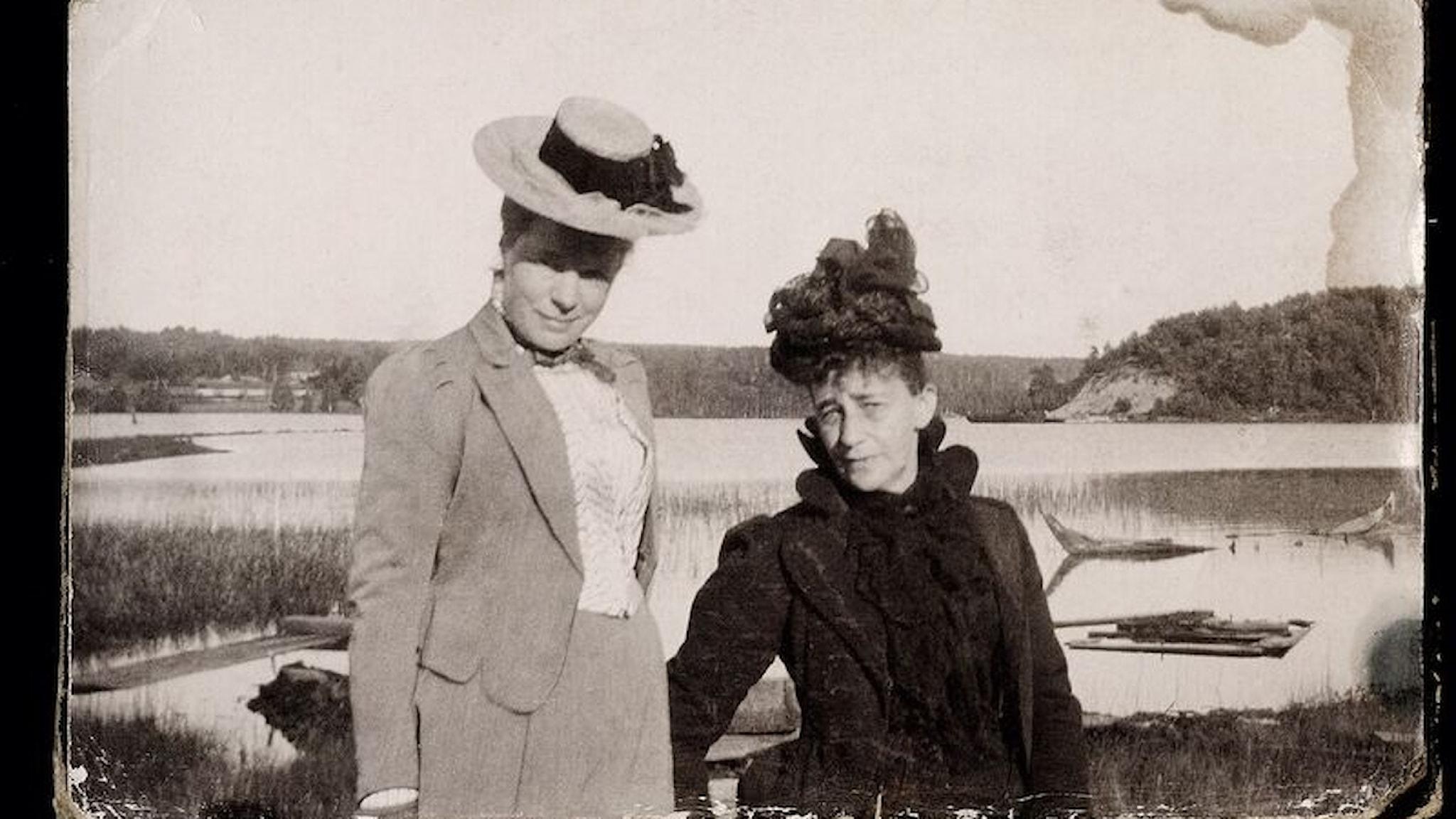 Selma Lagerlöf och Sophie  Elkan är resklara