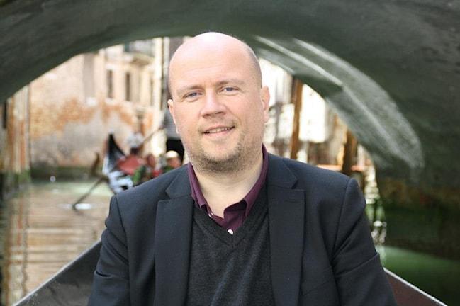Torbjörn Elensky, författare