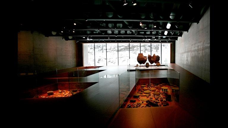 Museerna står inte fria från sin samtid, och varje utställning utgör alltid ett urval som kan diskuteras. Det menar Malin Krutmeijer.