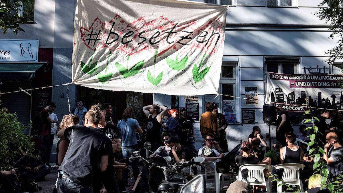 Protester mot gentrifiering i Berlin.