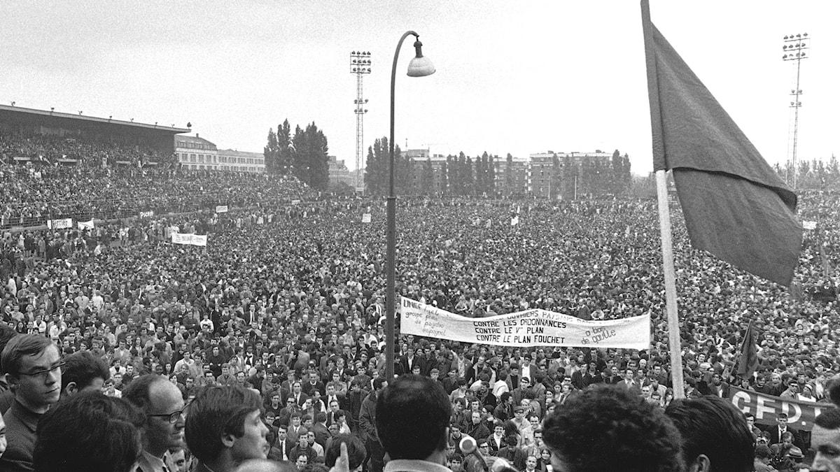 Studentprotester vid Stade Sebastien Charlety i maj 1968.