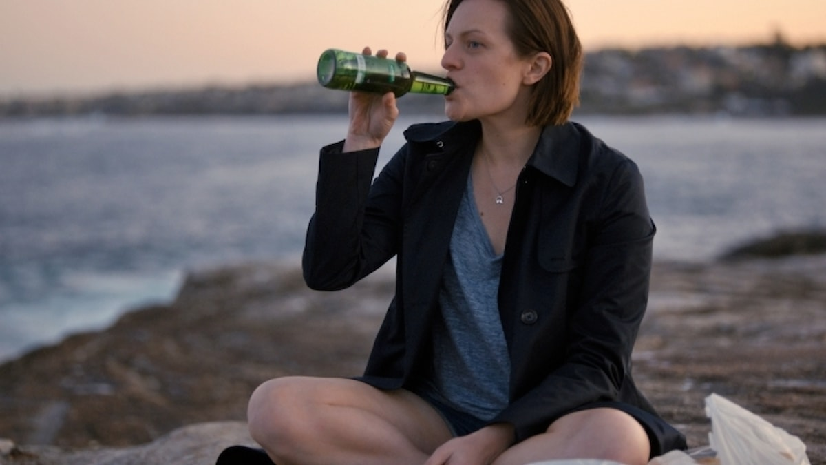 "Elisabeth Moss som kommissare Robin Griffin i andra säsongen av ""Top of the Lake""."