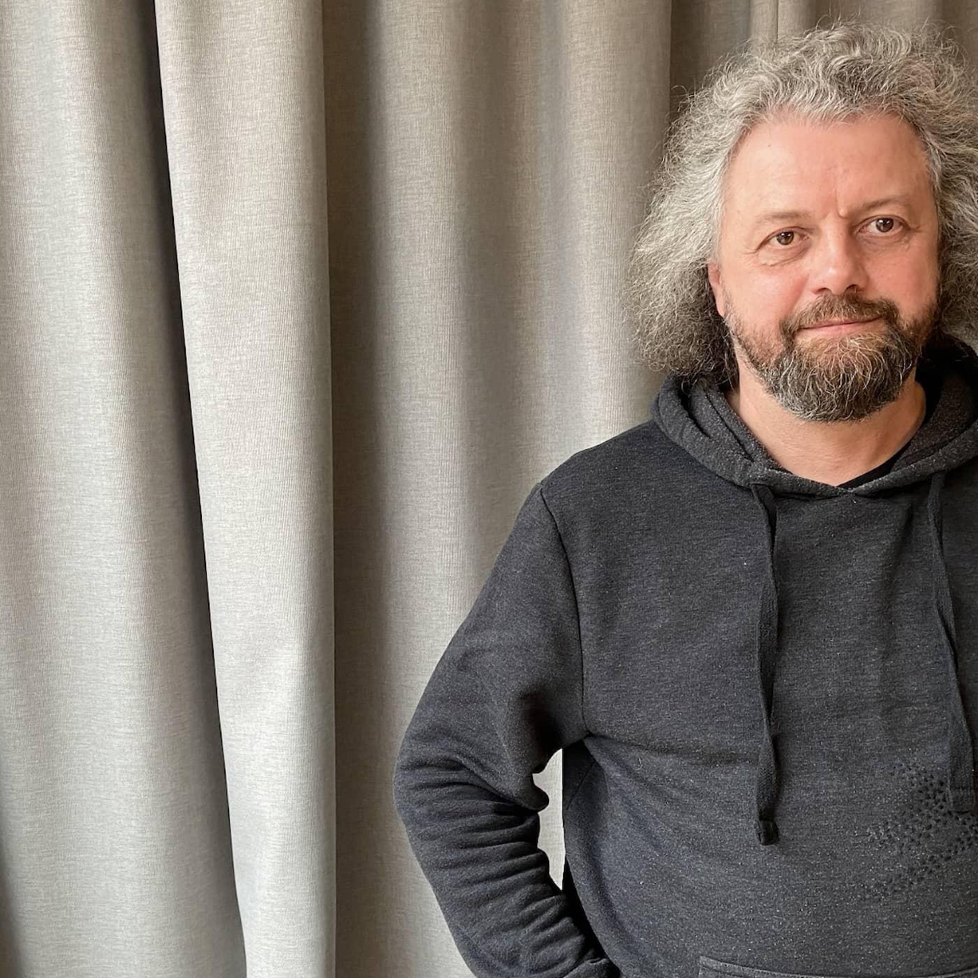 Dmitrij Strotsevs poesi om ett omkullkastat Belarus