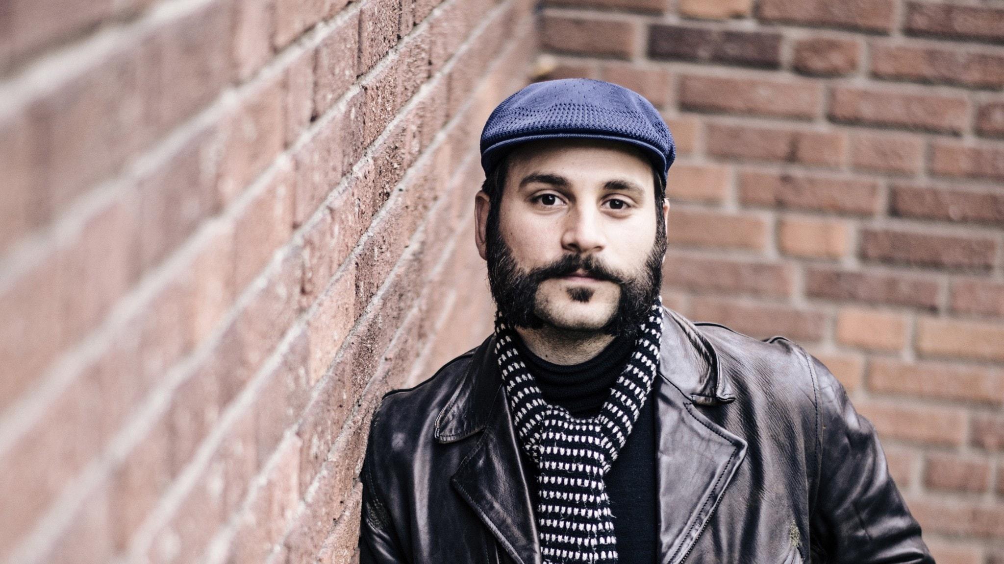 Porträtt på poeten Daniel Boyacioglu.