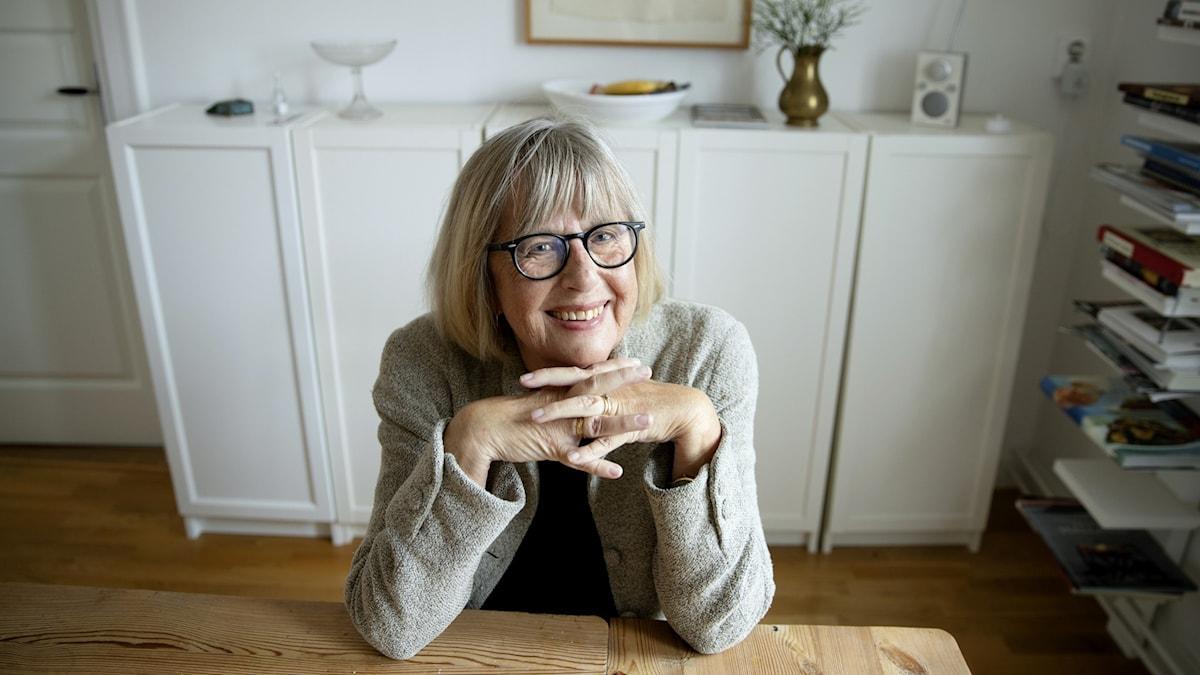 """Lisbeth Larsson är aktuell med boken """"Märkvärdiga svenska kvinnor -  200 kvinnor som förändrat våra liv""""."""