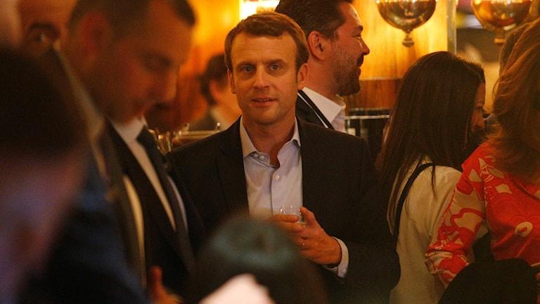 Emanuel Macron på restaurang