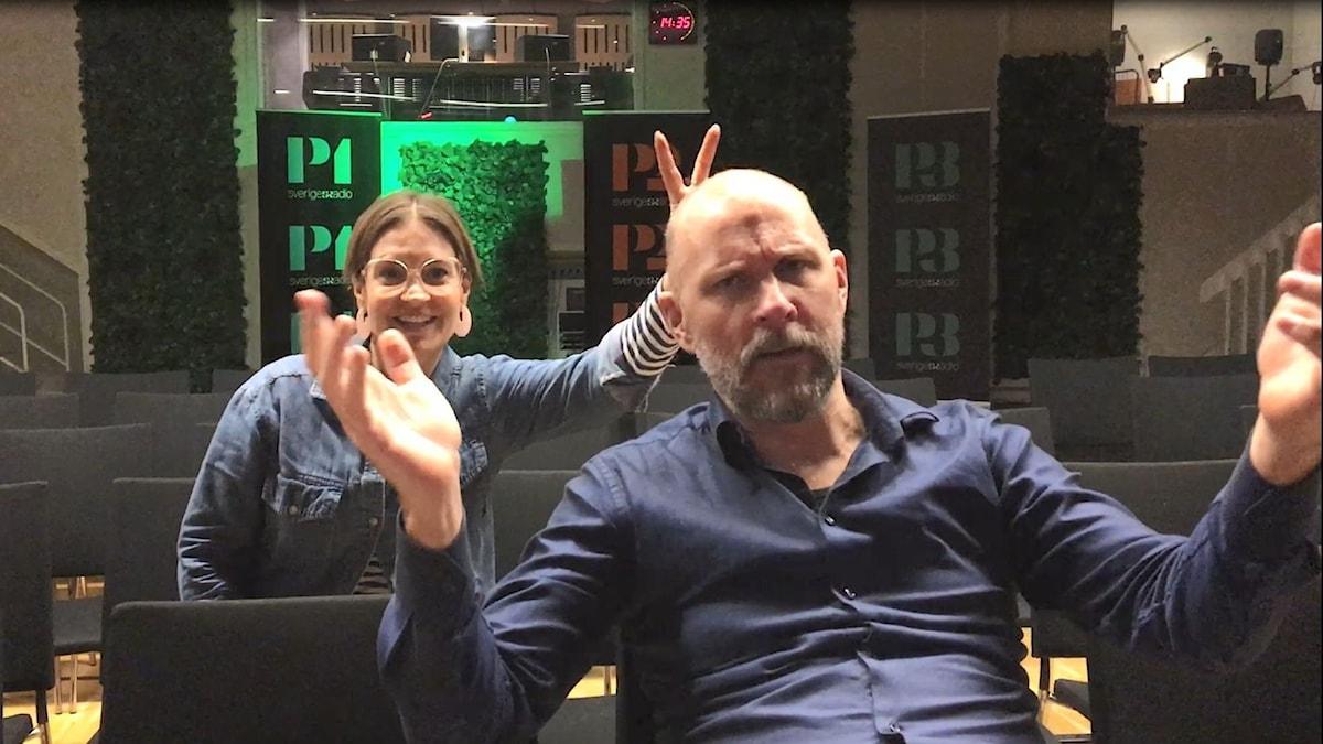 Fredag i P4 leds av Kalle Lind och Susanna Dzamic.