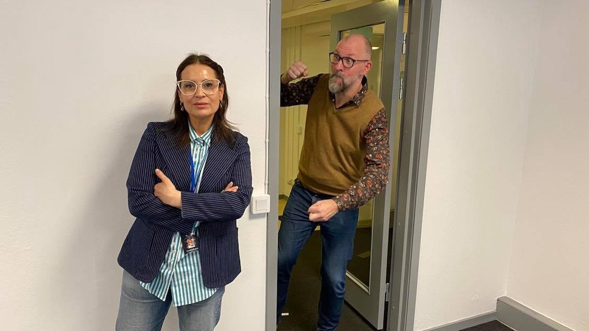 Kalle Lind och Susanna Dzamic leder Fredag i P1.