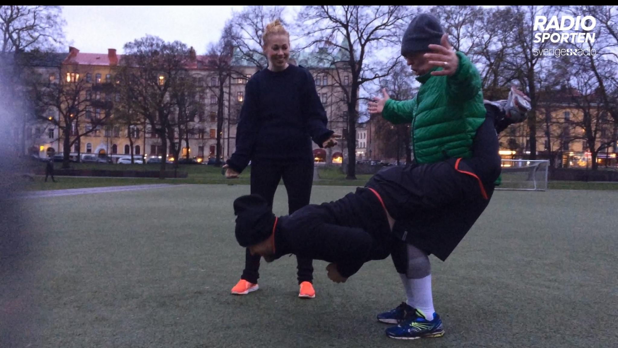 Martin Marhlo och Lasse Persson fick slita hårt när de testade ruffie.