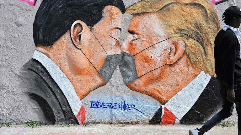 Graffiti på Donald Trump och Xi Jinping.