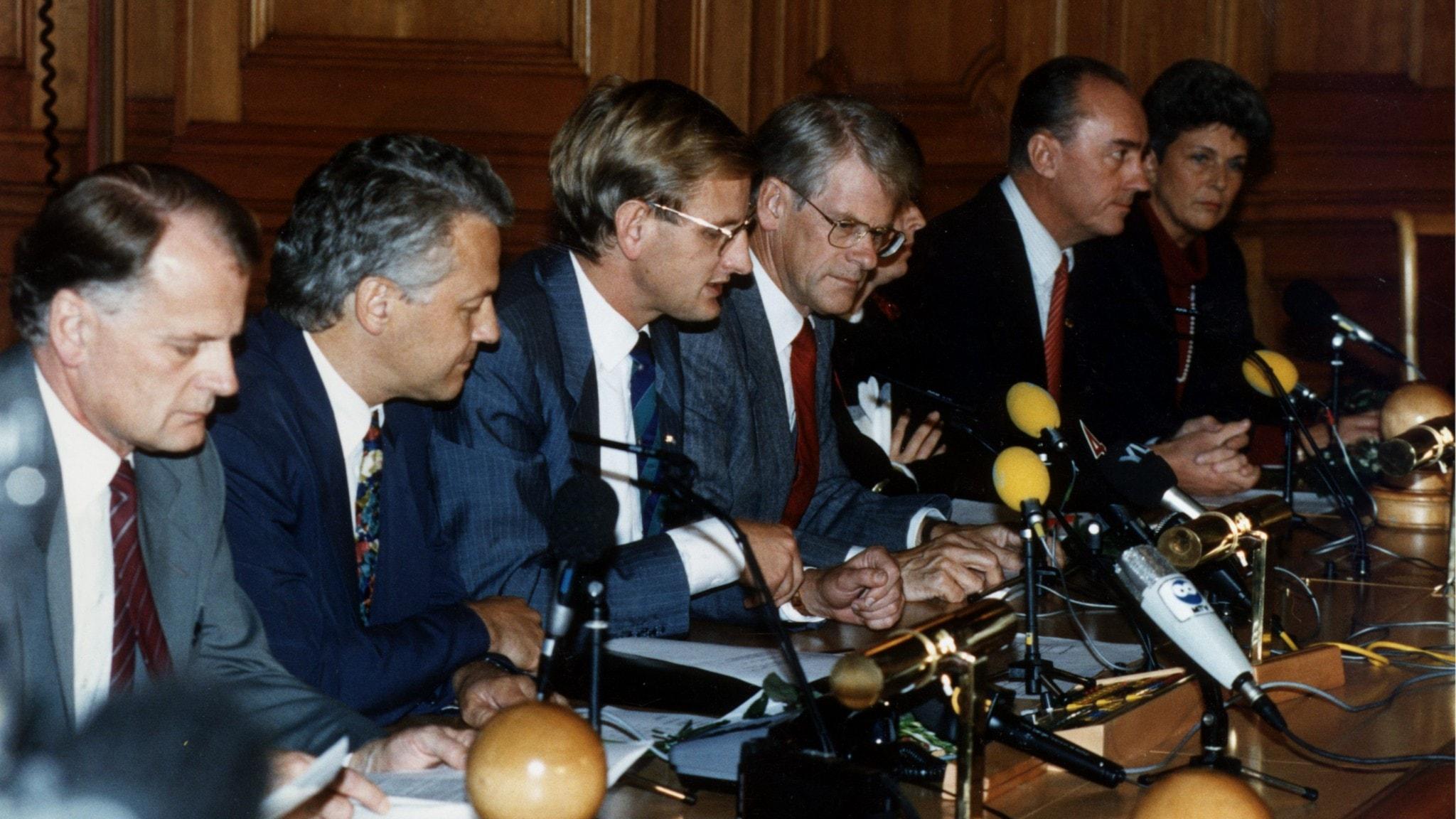 Partiledarna i Bildtregeringen och Socialdemokraterna hösten 1992.