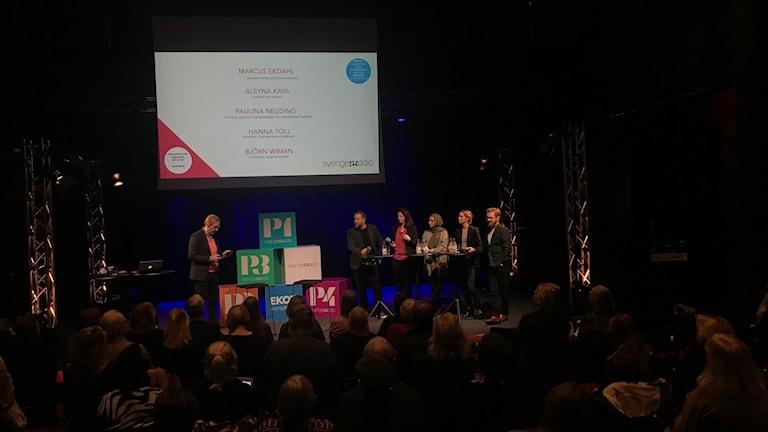 #srfrukost Den engagerade journalisten panel, moderator och publik