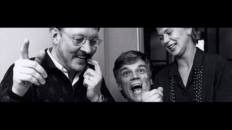 Jacob Dahlin, Jonas Hallberg och Helena von Zweigbergk. Foto: SVT Bild.