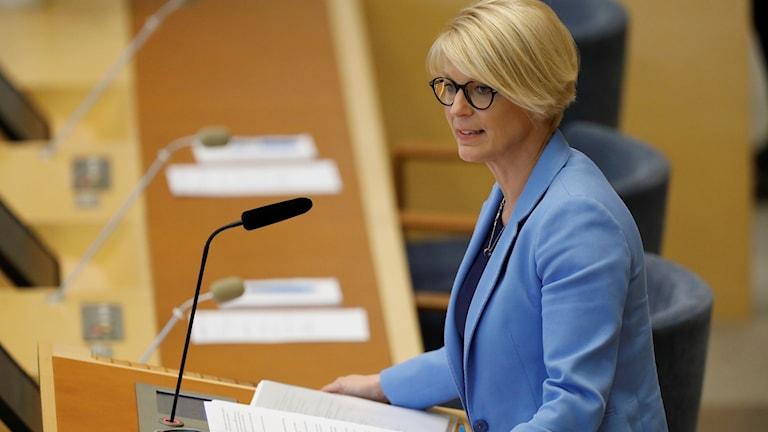 Moderaternas ekonomisk-politiske talesperson Elisabeth Svantesson vid budgetdebatten om regeringens ekonomiska vårproposition i riksdagen.