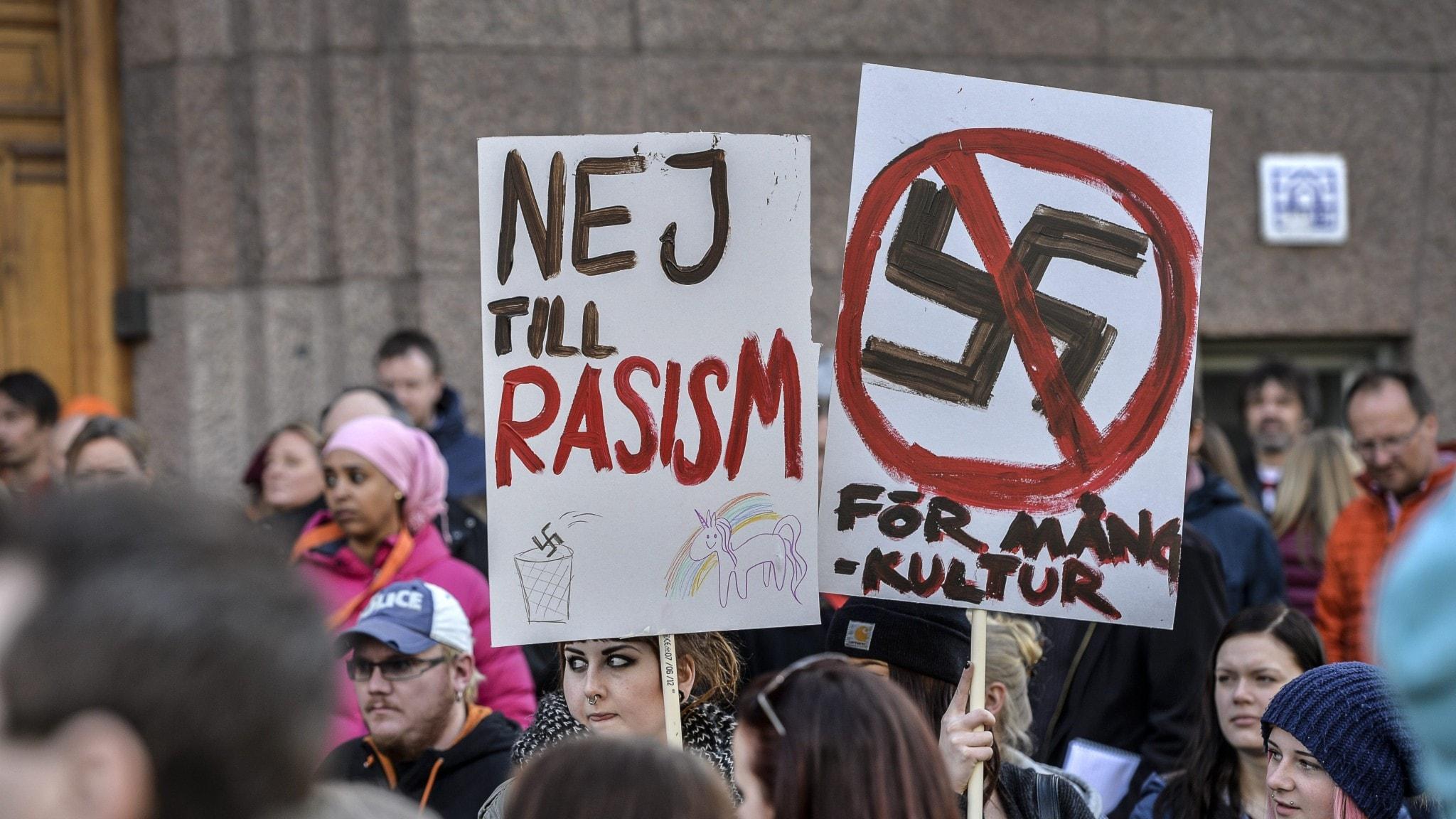 Uusi komitea selvittää, voidaanko rasistiset organisaatiot kieltää