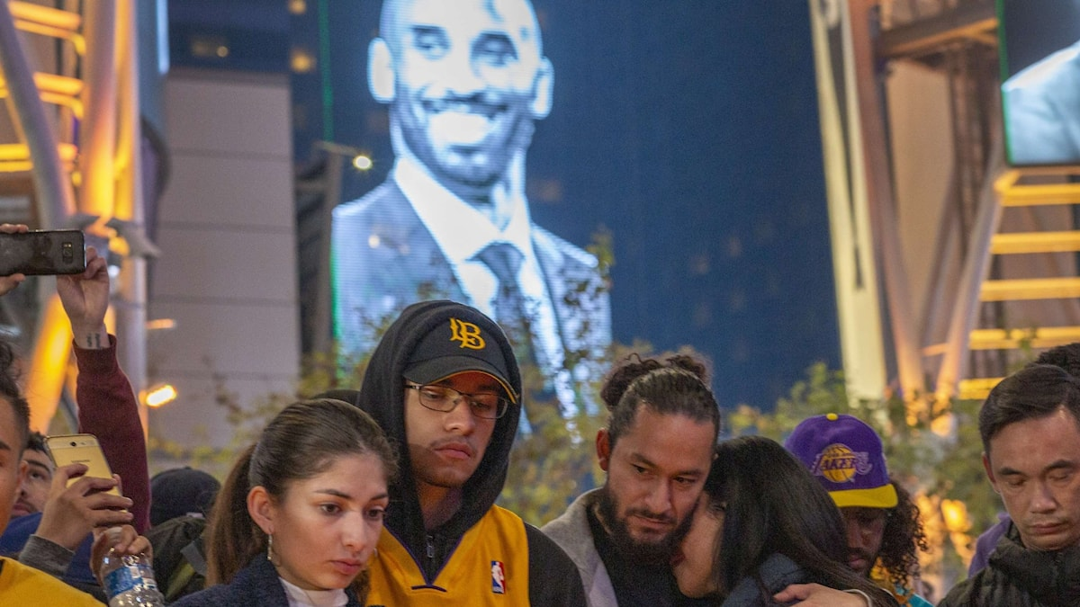 US-KOBE-BRYANT-REPORTEDLY-KILLED-IN-HELICOPTER-CRASH-IN-CALABASA