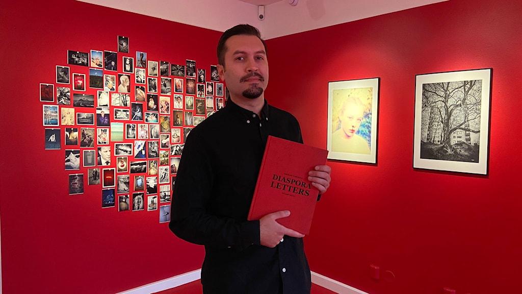 Ricard Estay och hans utställning Diaspora Letters.
