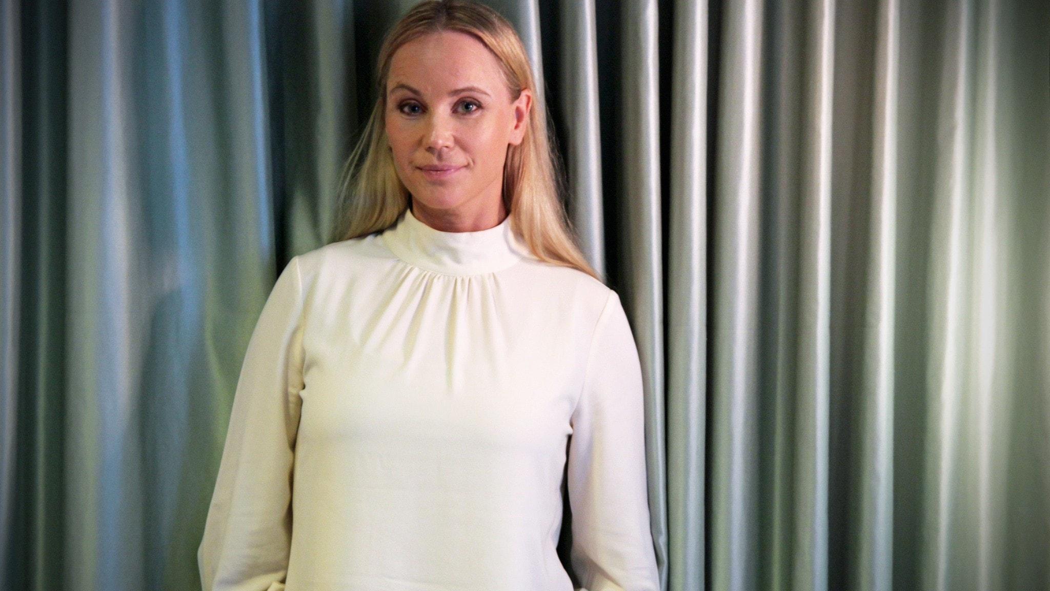 Sofia Helin lyfter fram drottningarnas historia: