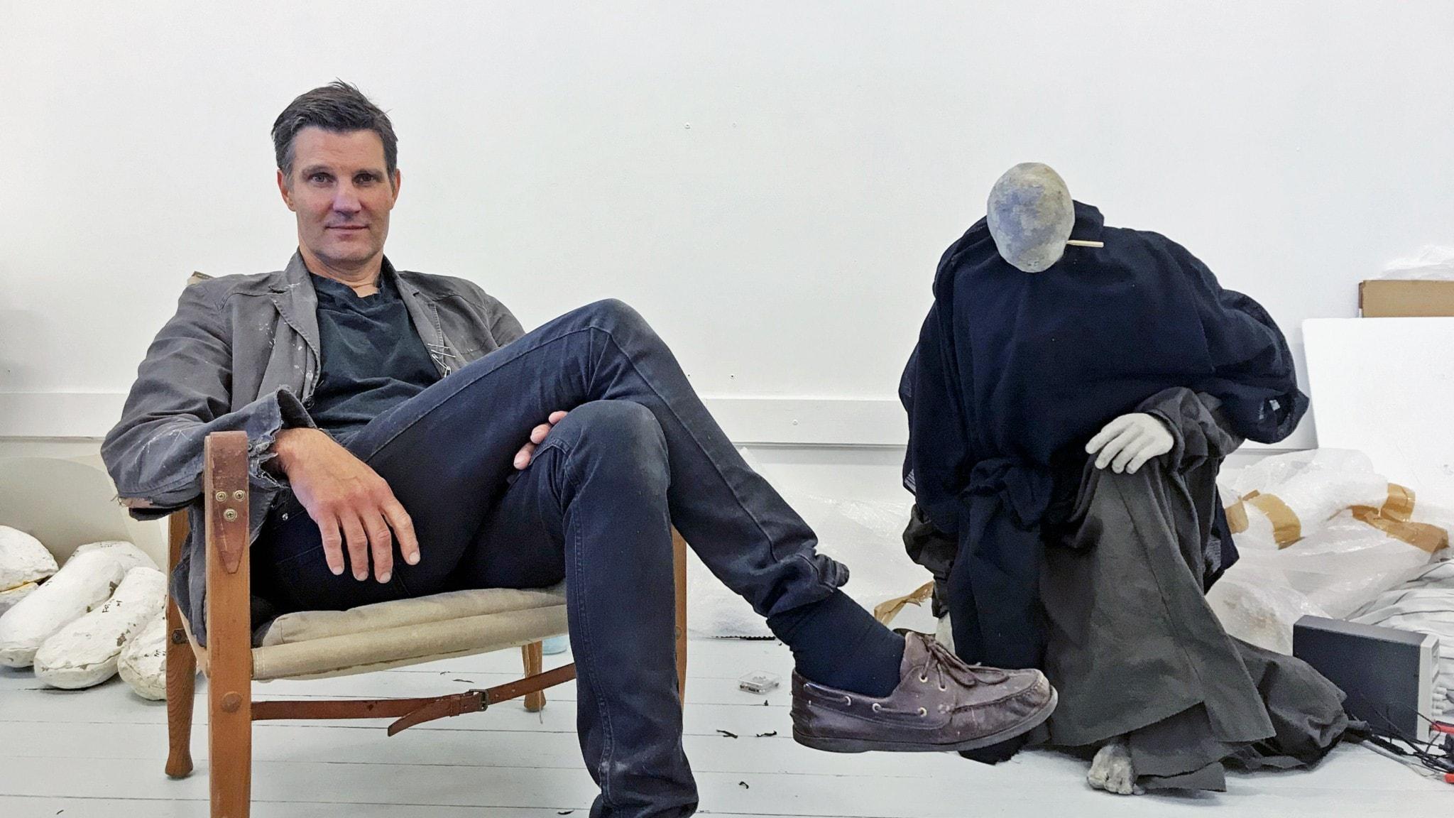 Karl Dunér med docka