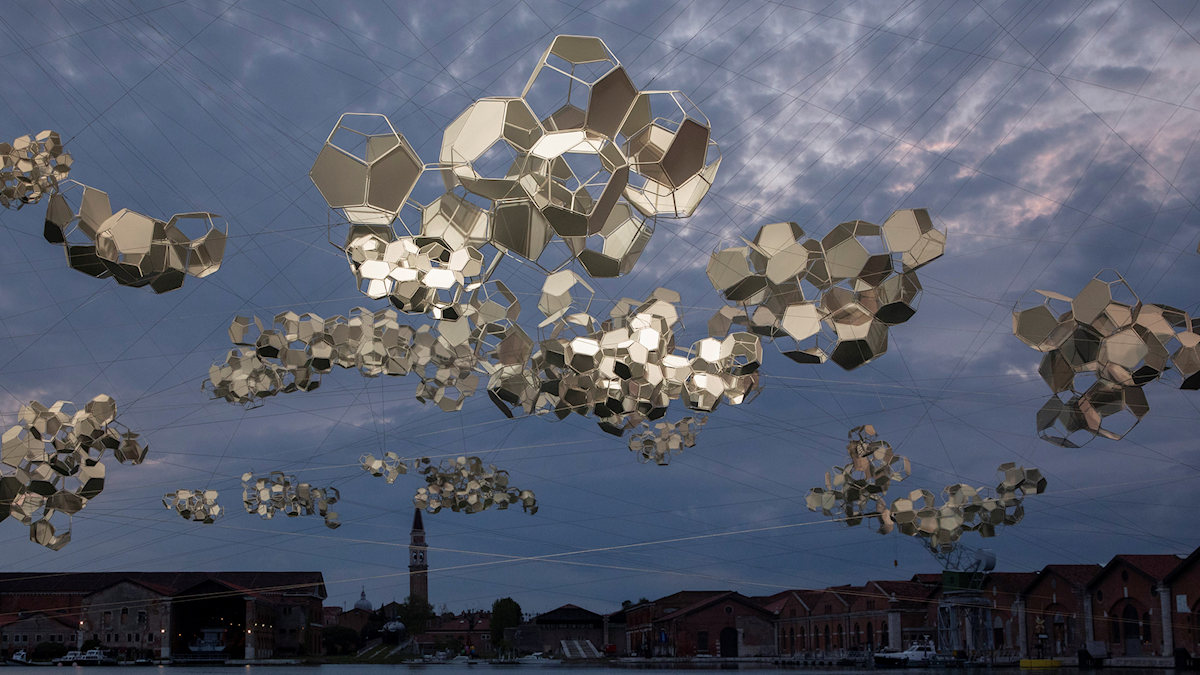 Tomás Saraceno: Aero(s)cene: When breath becomes air, when atmospheres become the movement for a post fossil fuel era against carbon - capitalist clouds, 2019