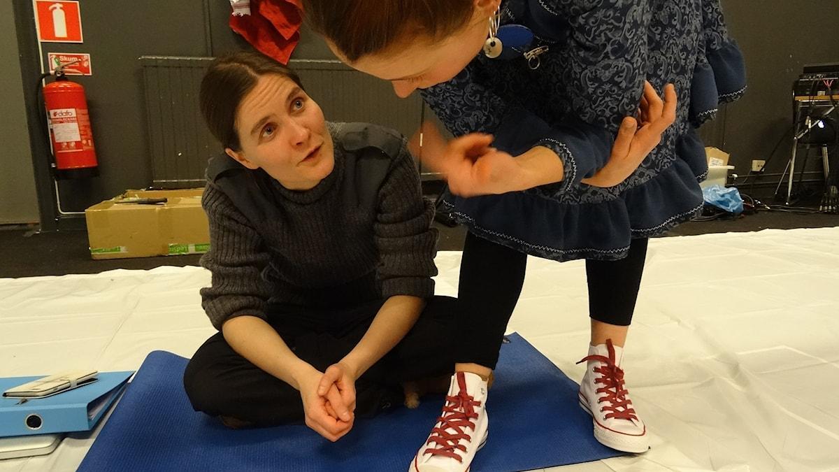 Paulina Fedoroff, regissör, Sarakka Gaup, skådespelare, COlonialnation, Giron Sámi Teáhter.
