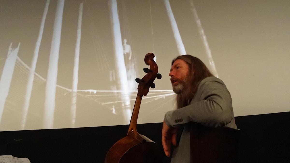 Svante Henryson, cellon och stumfilmen Varieté.