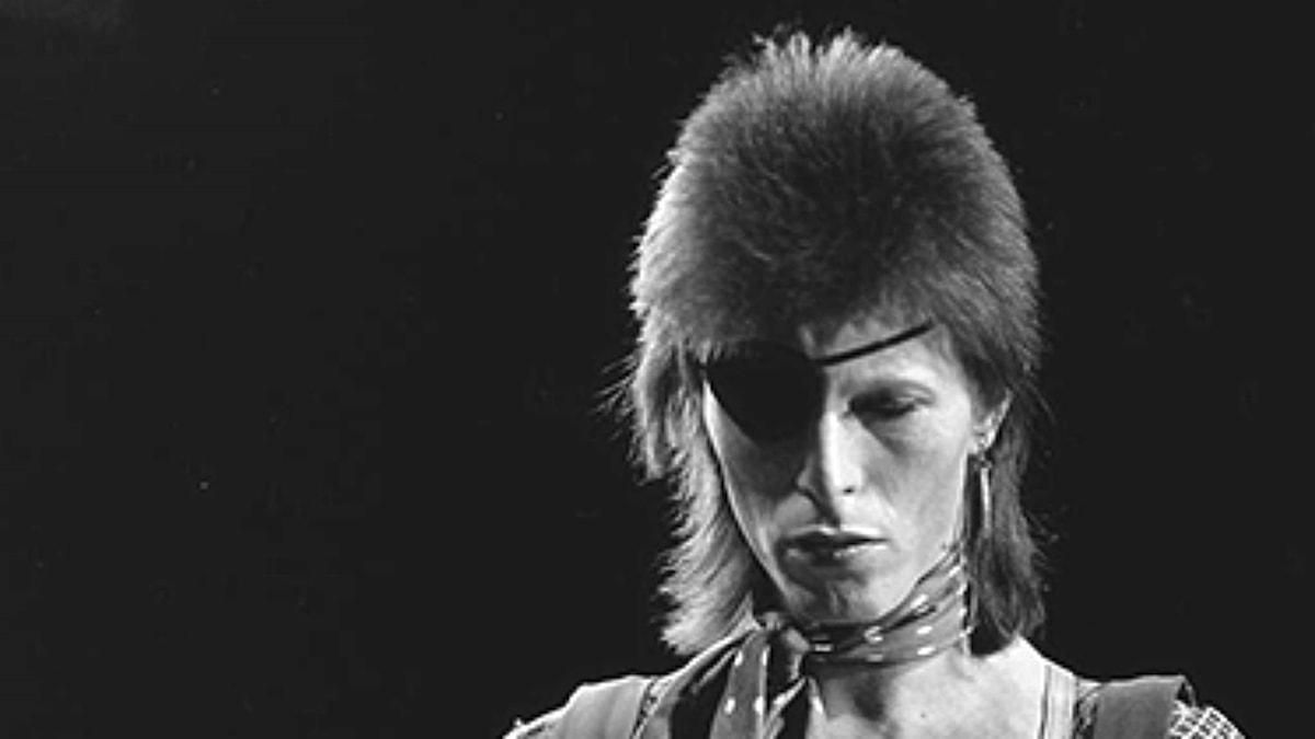 David Bowie medverkar i holländska TV-programmet Top Pop 1974