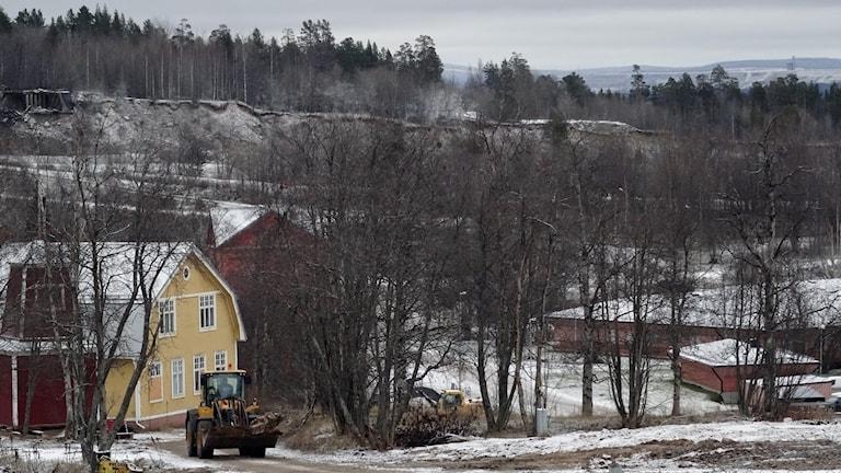 Avspärrat område efter husflytt i Malmberget