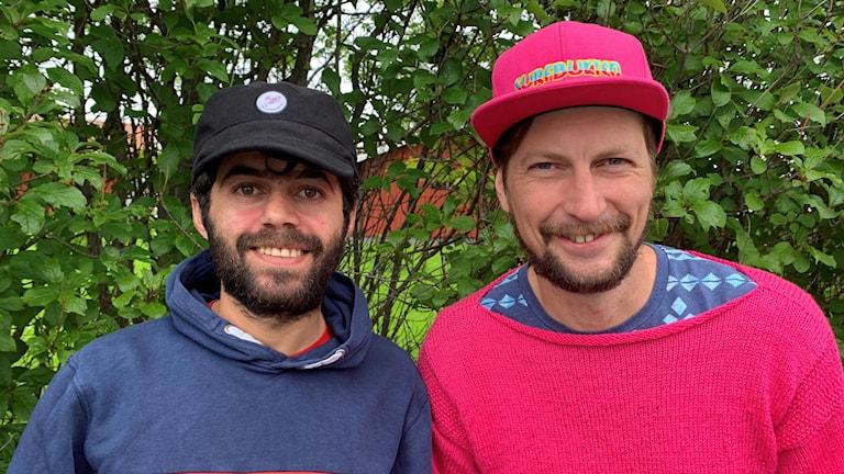 Hussein Jillow och Simon Jaktlund från Östersund engagerade sig som volontärer i släckningsarbetet vid skogsbränderna sommaren 2018.