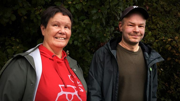 Kia Flykt från Region Jämtland Härjedalen och sameslöjdaren Tomas Magnusson.