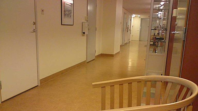 Korridor i hälsocentral. Foto: Ann-Louise Rönestål Ek/SR Jämtland
