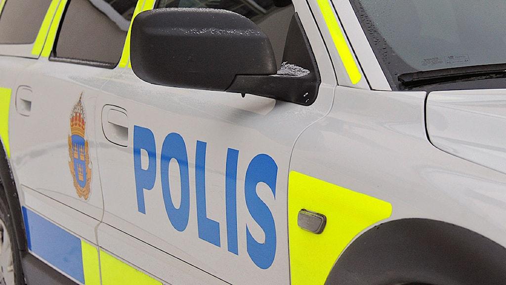 Polisbil snett framifrån Foto: Matts Nylander