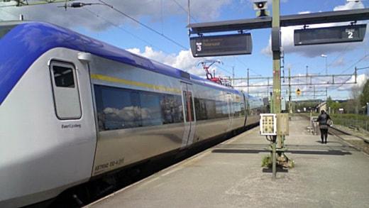 Mittnabotåget på Bräcke station.