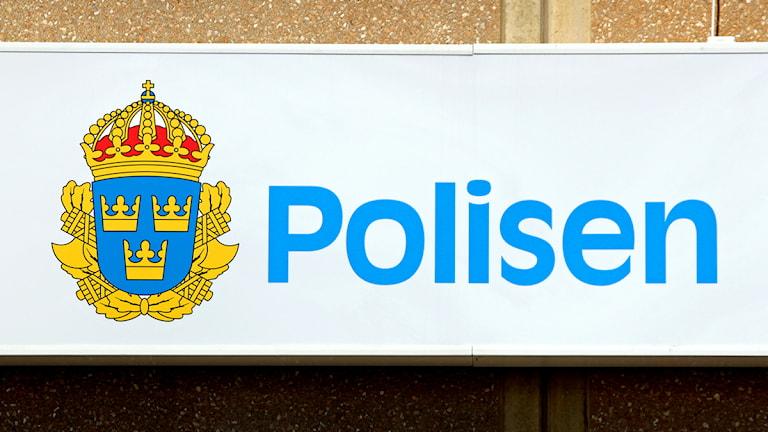 Polisen skylt Foto: Jan Mårdberg/Sveriges Radio